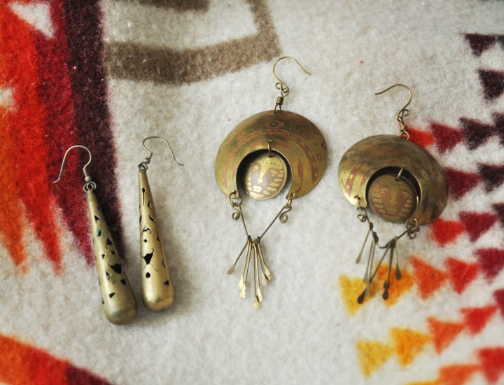 "Adventures in Thrifting: Earrings & Patterns for Days on ""The Tufted"" Blog"
