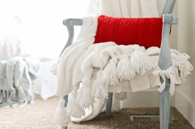 Tassel-Throw-Blanket-DIY-22